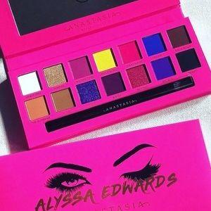 Anastasia of Beverly Hills Alyssa Edwards Palette